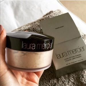 🎀 Laura Mercier Translucent Powder🎀